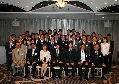 110517_keizaijinwakate.jpg