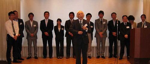 110620_keizaijin02.jpg