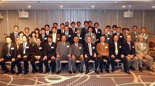 20111115_keizaijinclubwakate.jpg