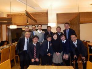 上海関大会新年会.jpg